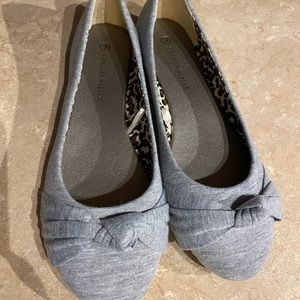 Gray flats never worn size 9